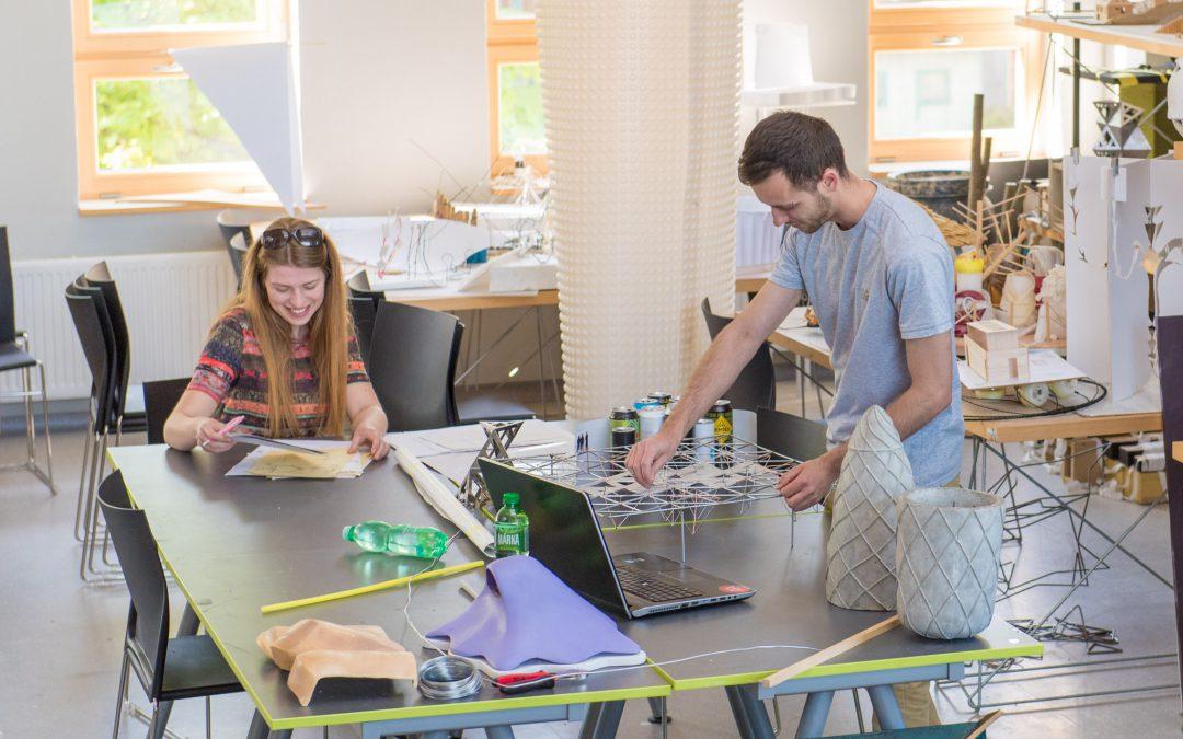 V designu obalů je zlínská univerzita druhou nejlepší vysokou školou