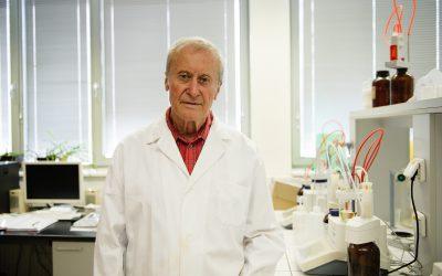 Prof. Karel Kolomazník získal státní vyznamenání