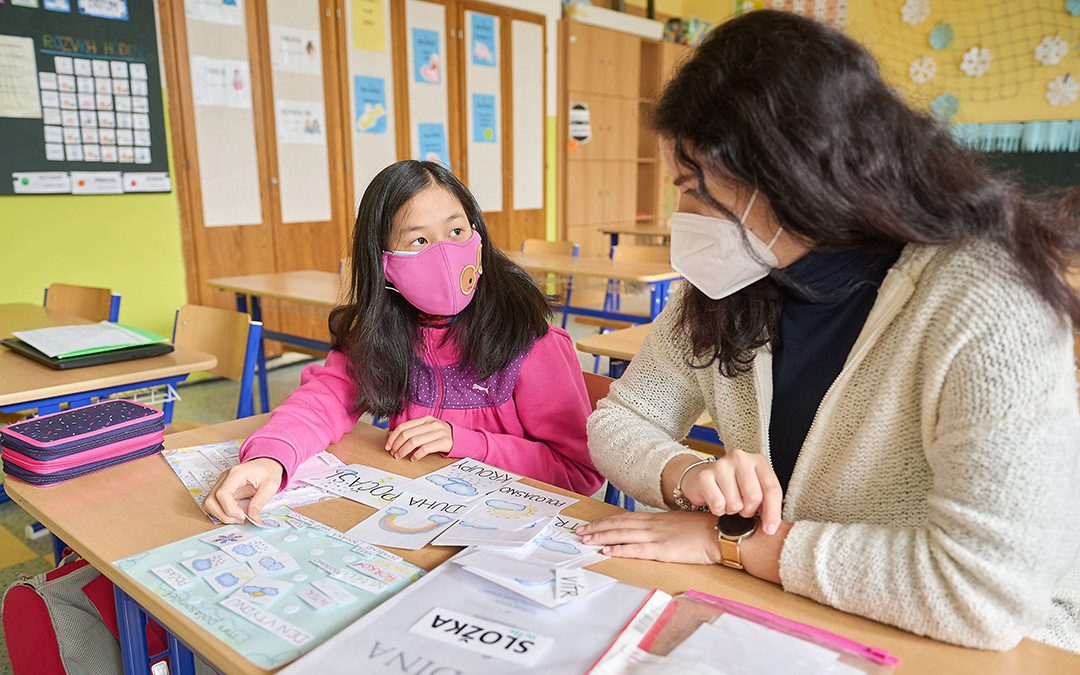 Rodiče má ve Vietnamu. Ve Zlíně jí s češtinou pomáhají studenti zlínské univerzity